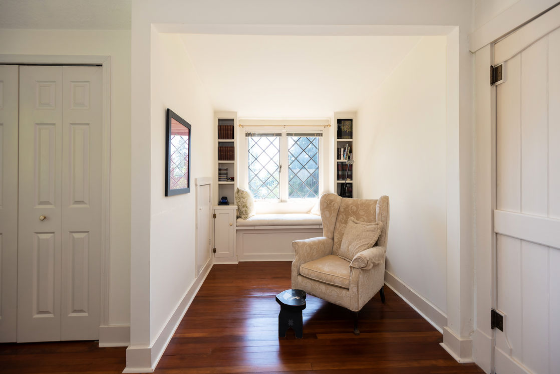 Guest Bedroom alcove